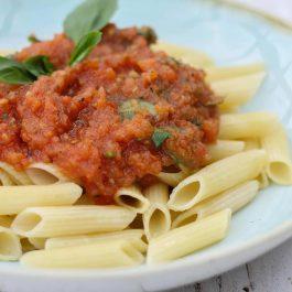 פנה ברוטב עגבניות